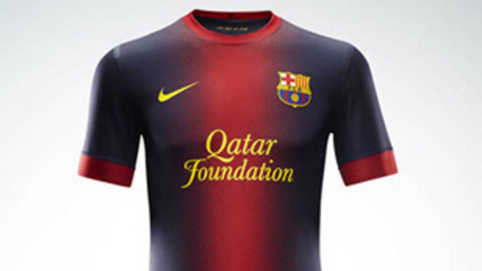 Para todos los públicos El Barça presenta su nueva equipación reproducir  video f77552ef879cc