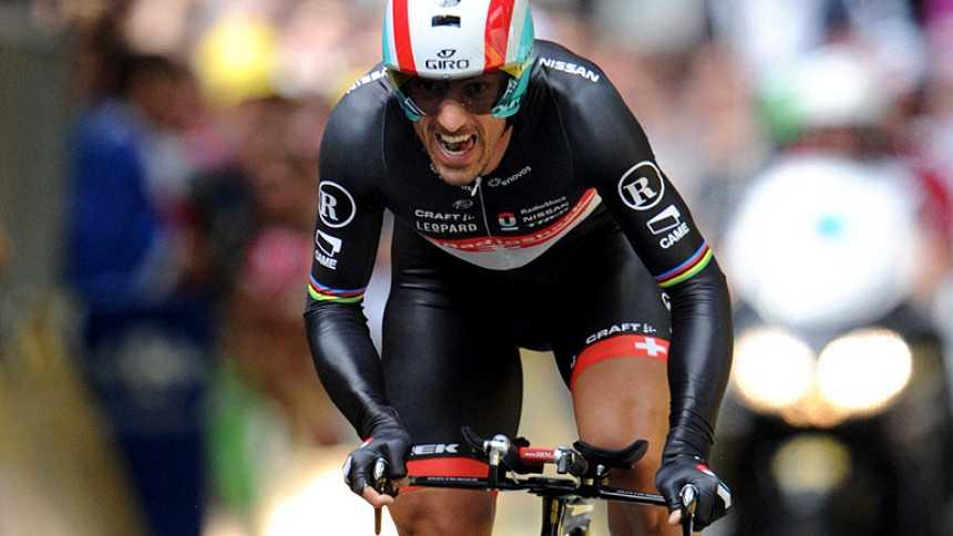 Cancellara gana el prólogo y es el primer líder del Tour