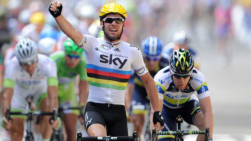 Cavendish se impone en el primer sprint