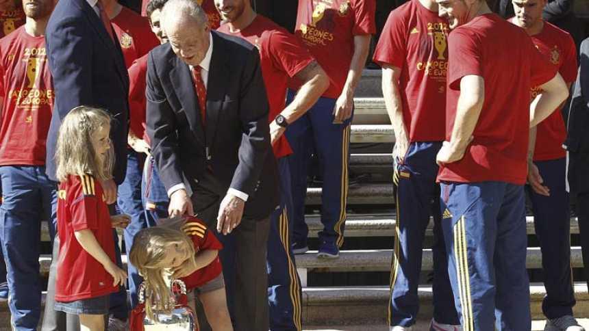 """El rey a la selección: """"Habéis dado alegría a toda España"""""""