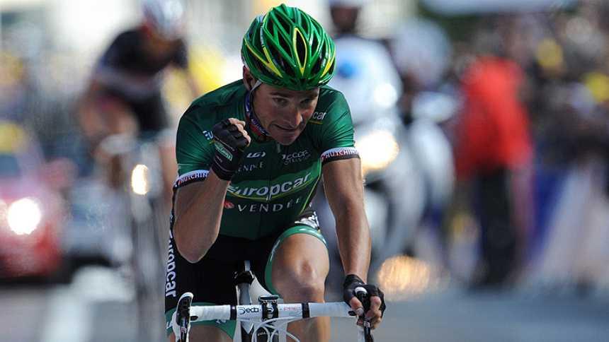 Voeckler gana la primera etapa alpina y Wiggins sigue líder