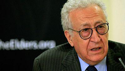 El argelino Brajimi se perfila como posible sucesor de Annan en Siria, según Reuters
