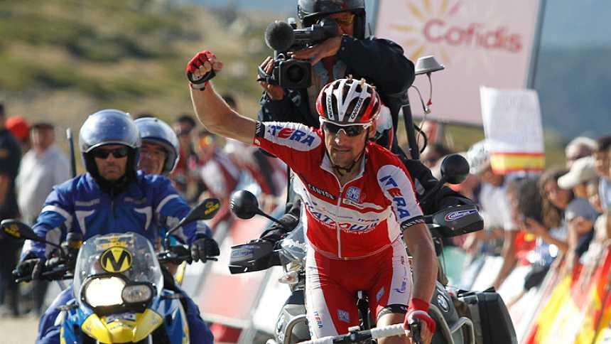 Menchov se lleva la etapa y Contador aguanta en La Bola del Mundo