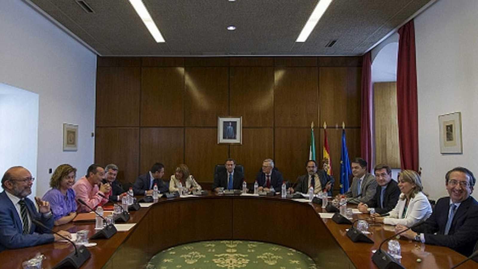 La comisión de los ERE se reanuda con aseguradoras y un sindicalista ...