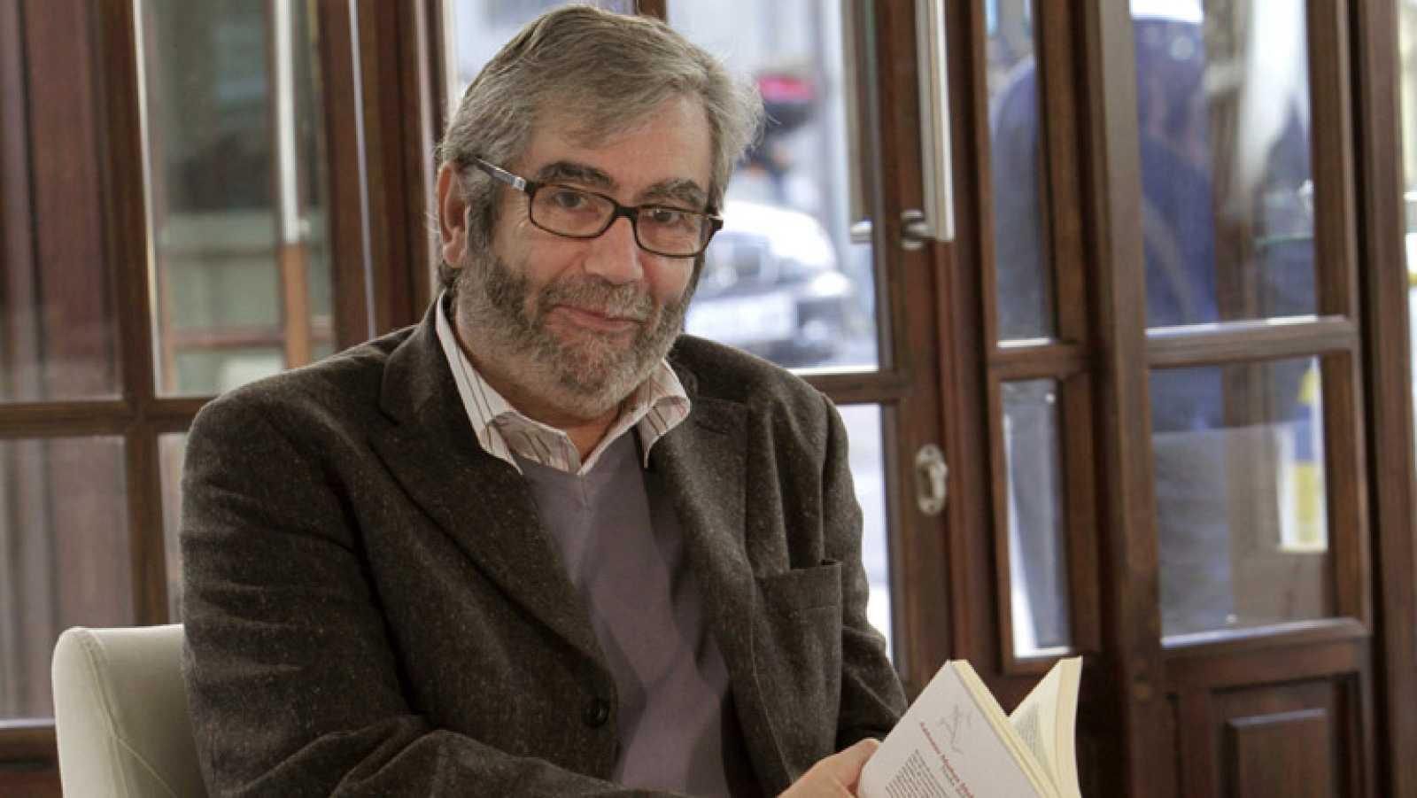 El escritor Antonio Muñoz Molina reivindica en su último libro el ...