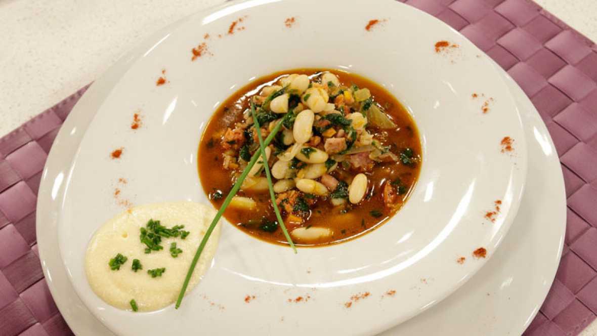 Receta de potaje de jud as blancas lac n y espinacas for Cocinar judias negras