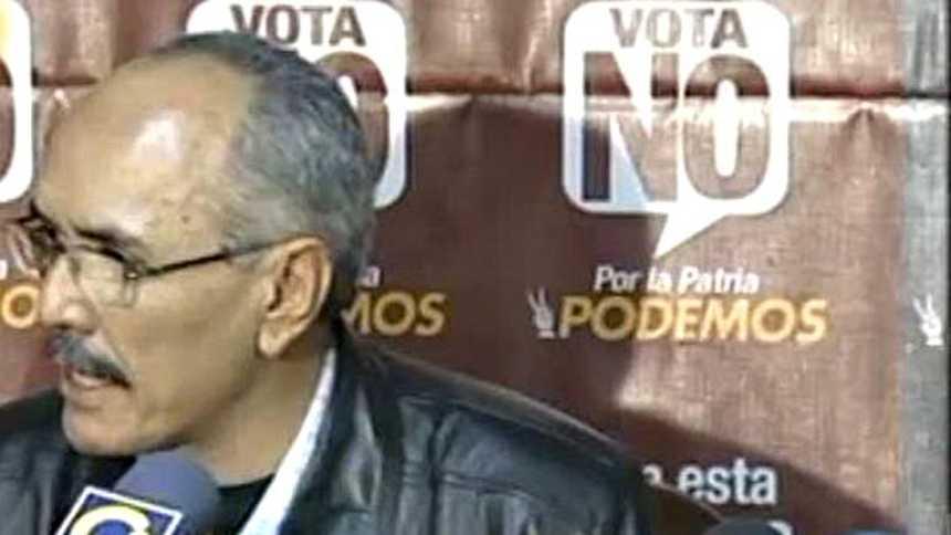 Triunfa el NO en el referéndum constitucional propuesto por Chávez en Venezuela