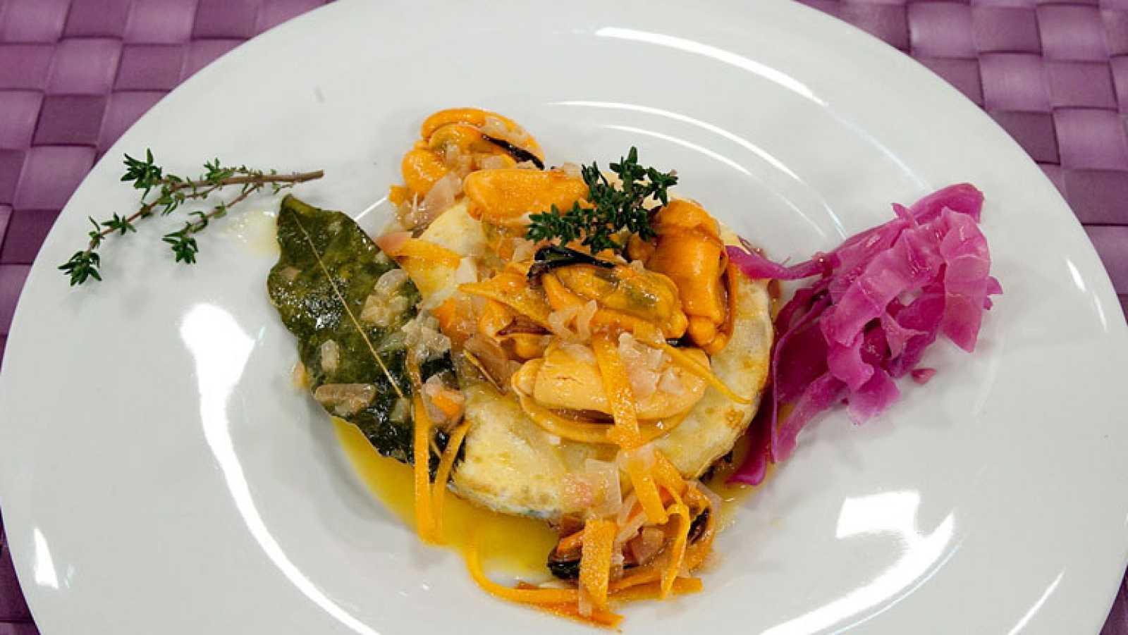 Receta de mejillones en escabeche de naranja sobre lombarda for Cocinar lombarda