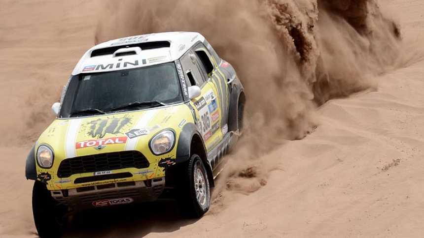 Roma ya pisa podio en el Dakar