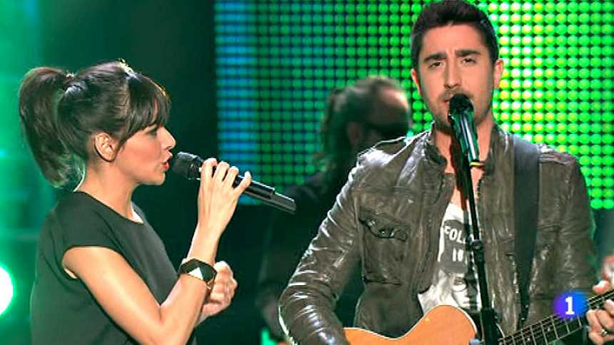 ESDM y Álex Ubago cantan 'Ojos de cielo'