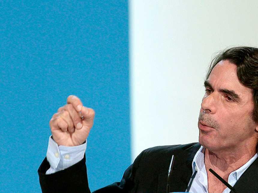 """Aznar ha dado su apoyo """"responsable"""" a Mariano Rajoy"""