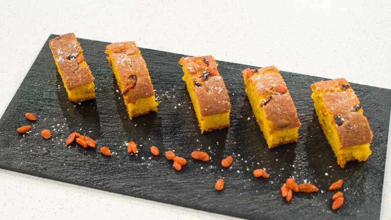 Saber Cocinar - Pastel dulce de zanahoria y bayas de goggi - RTVE.es