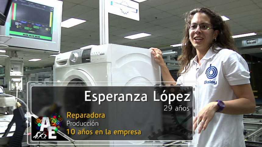 Esperanza López (29 años), Reparadora