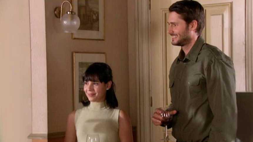 Gran Reserva. El origen - Manuela y Roberto ya son novios oficialmente (Capítulo 53)