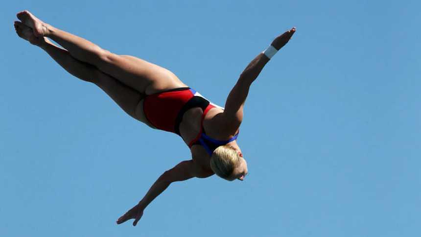 Cesilie Carlton, campeona  del mundo en salto de 20 metros
