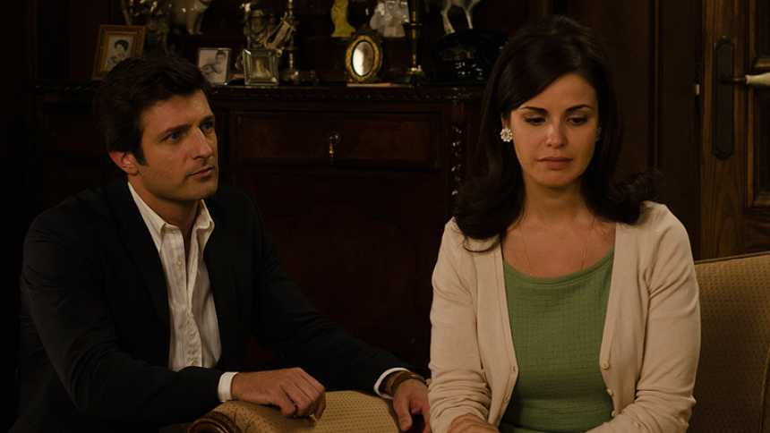 Gran Reserva. El origen - Luis le declara su amor a Elena delante de los Cortázar (Capítulo 56)
