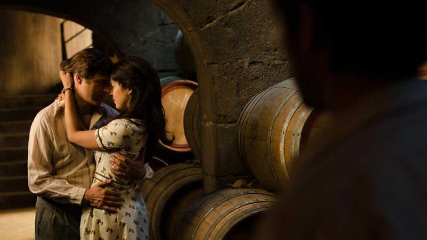 Gran Reserva. El origen - El beso de Sofía y Jesús (Capítulo 75)