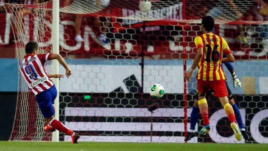 Villa adelanta al Atlético con un golazo (1-0)