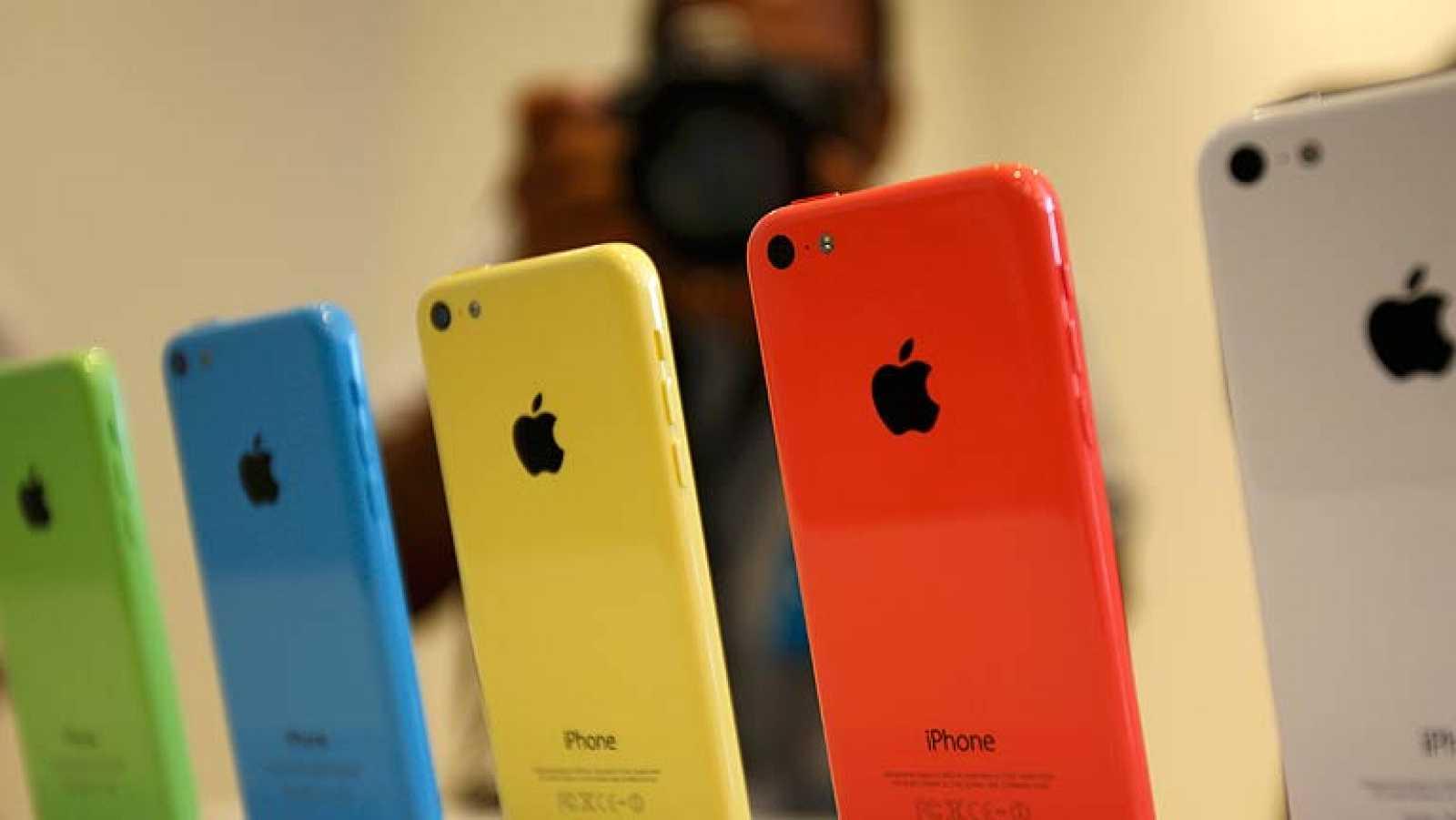 579c3595393 El nuevo iPhone 5C, un modelo más barato y de colores - RTVE.es