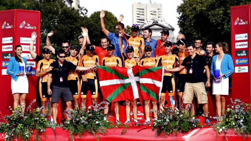 Euskaltel dice adiós desde lo alto del podio de la Vuelta