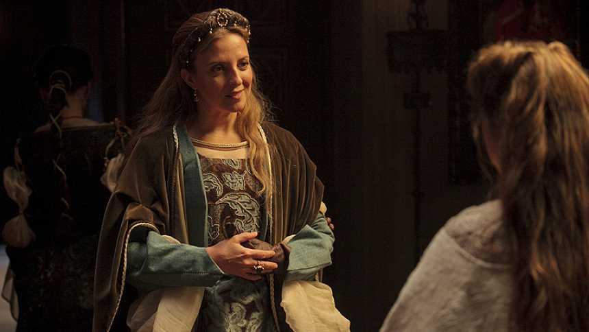 Isabel - Llega Beatriz de Braganza