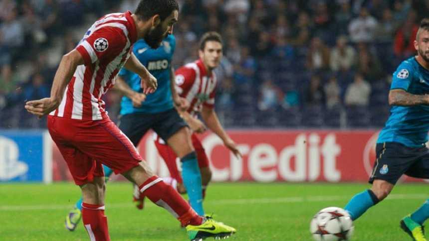 El Atlético de Madrid tira de estrategia para remontar en Oporto