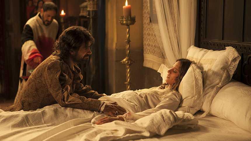 Isabel - La reina recibe la extremaunción
