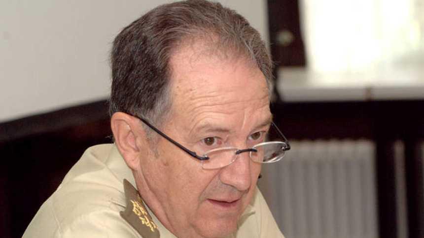 Felix Sanz Roldán, se ha mostrado dispuesto a ir a la comisión de secretos oficiales del Congreso si se le llama para hablar del supuesto espionaje de EEUU