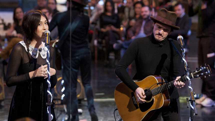 """Entrevista y actuación: Coque Malla y Anni B. Sweet cantan """"No puedo vivir sin ti"""""""