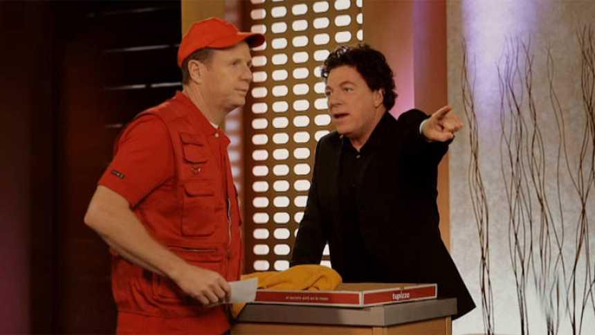 Especial Nochevieja con Los Morancos - Pepe Rodríguez la toma con un pizzero