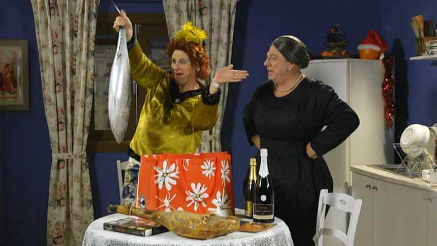 Especial Nochevieja con Los Morancos - Antonia y Omaita repasan su cena de Nochevieja