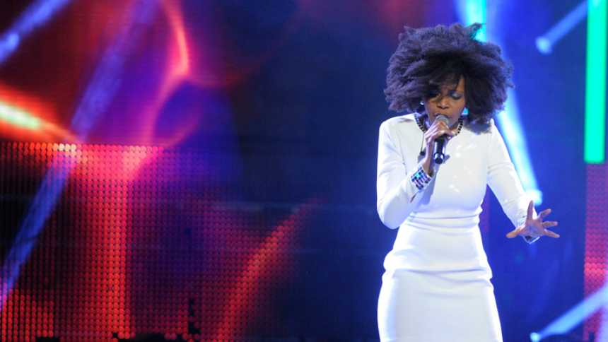 """Mira quién va a Eurovisión 2014 - Brequette canta """"Más (Run)"""""""