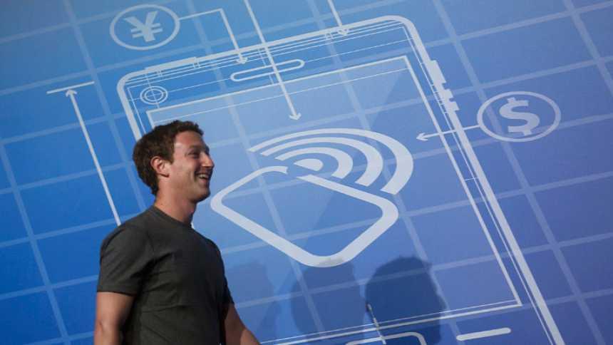 """Mark Zuckerberg afirma que WhatsApp vale """"mucho más"""" de 19.000 millones de dólares"""