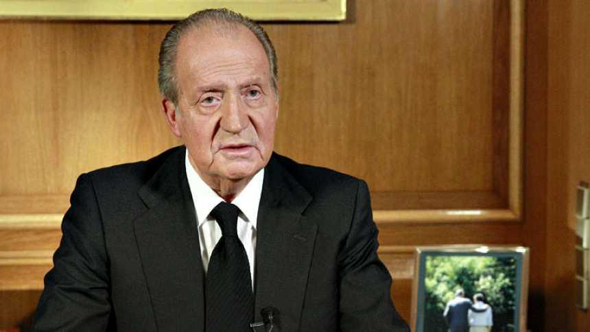 """El rey: """"Mi gratitud hacia Suárez es honda y permanente, y mi dolor, hoy, grande"""""""