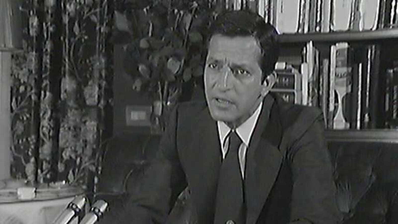 Las Frases De Adolfo Suárez Suárez Un Político No Puede Ser Un