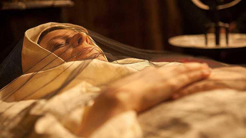 Isabel - Muere la madre de la reina