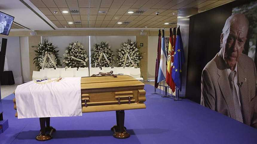 Los resto mortales de Alfredo di Stéfano se trasladan a La Almudena