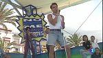 Jesús Vázquez en pantalón corto y camiseta agroman