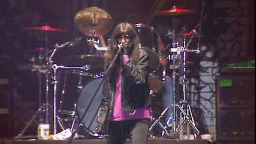 Extracto de un concierto de los Ramones en España en su gira de 1989