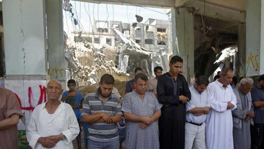 Las bombas y el bloqueo económico israelí convierten Gaza en una ciudad fantasma