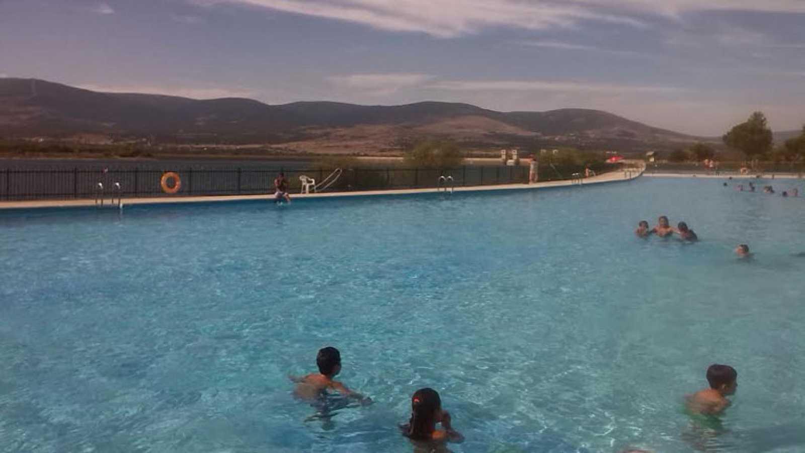 cdd4f9eb4c26 Aquí la Tierra- Una piscina de lo más natural