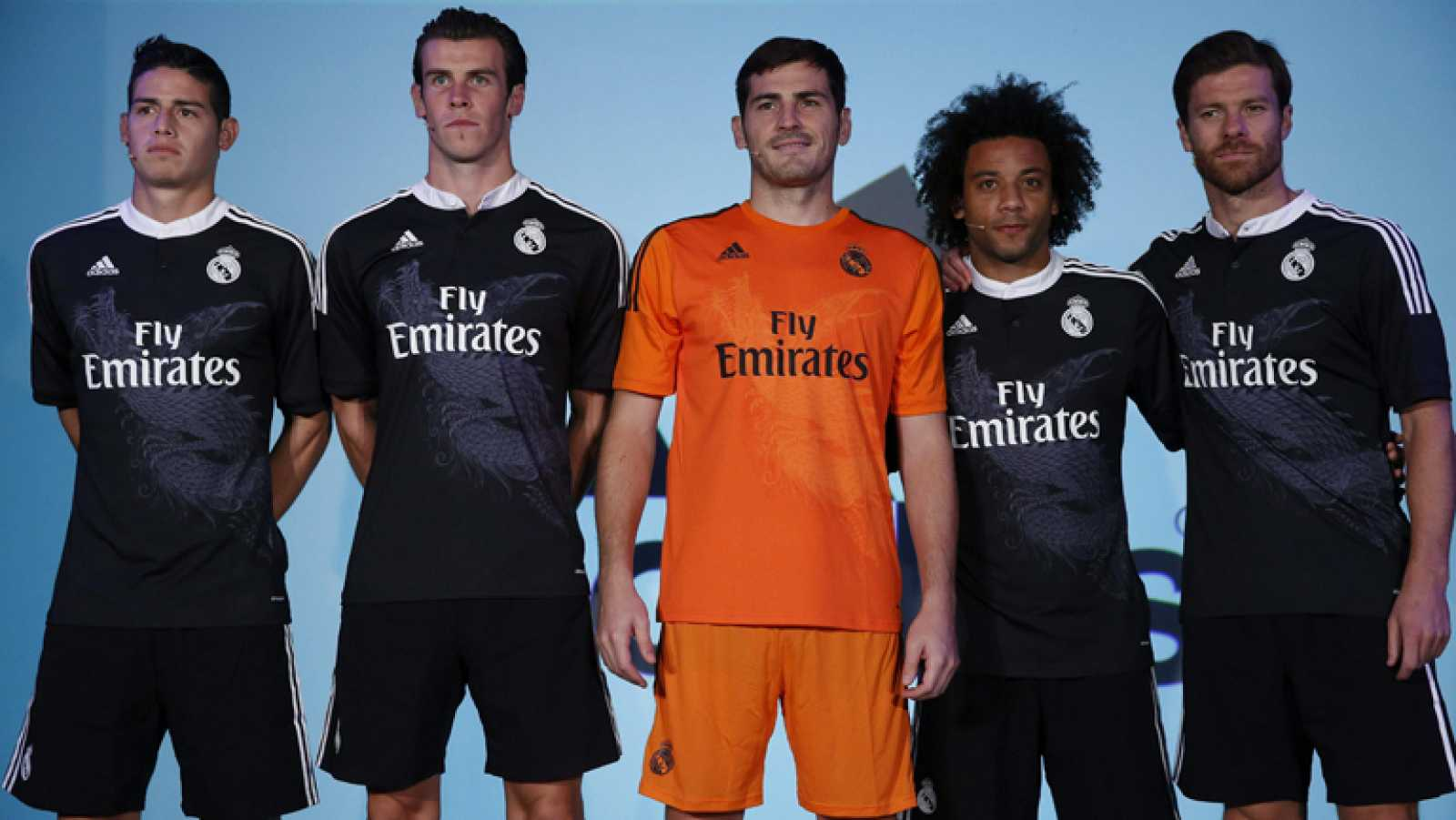 020fb7ccc Para todos los públicos El Real Madrid ha presentado su segunda equipación  para la Champions League.
