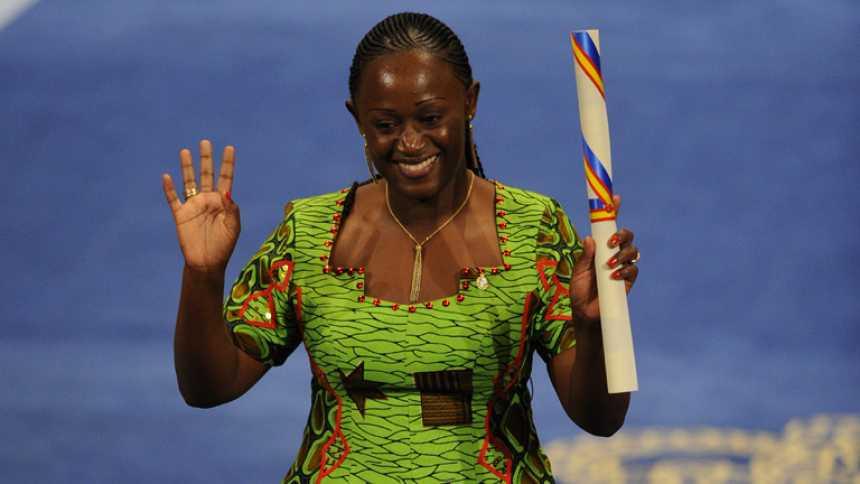"""Caddy Adzuba a TVE: """"El ébola es una enfermedad, no es igual a África"""""""
