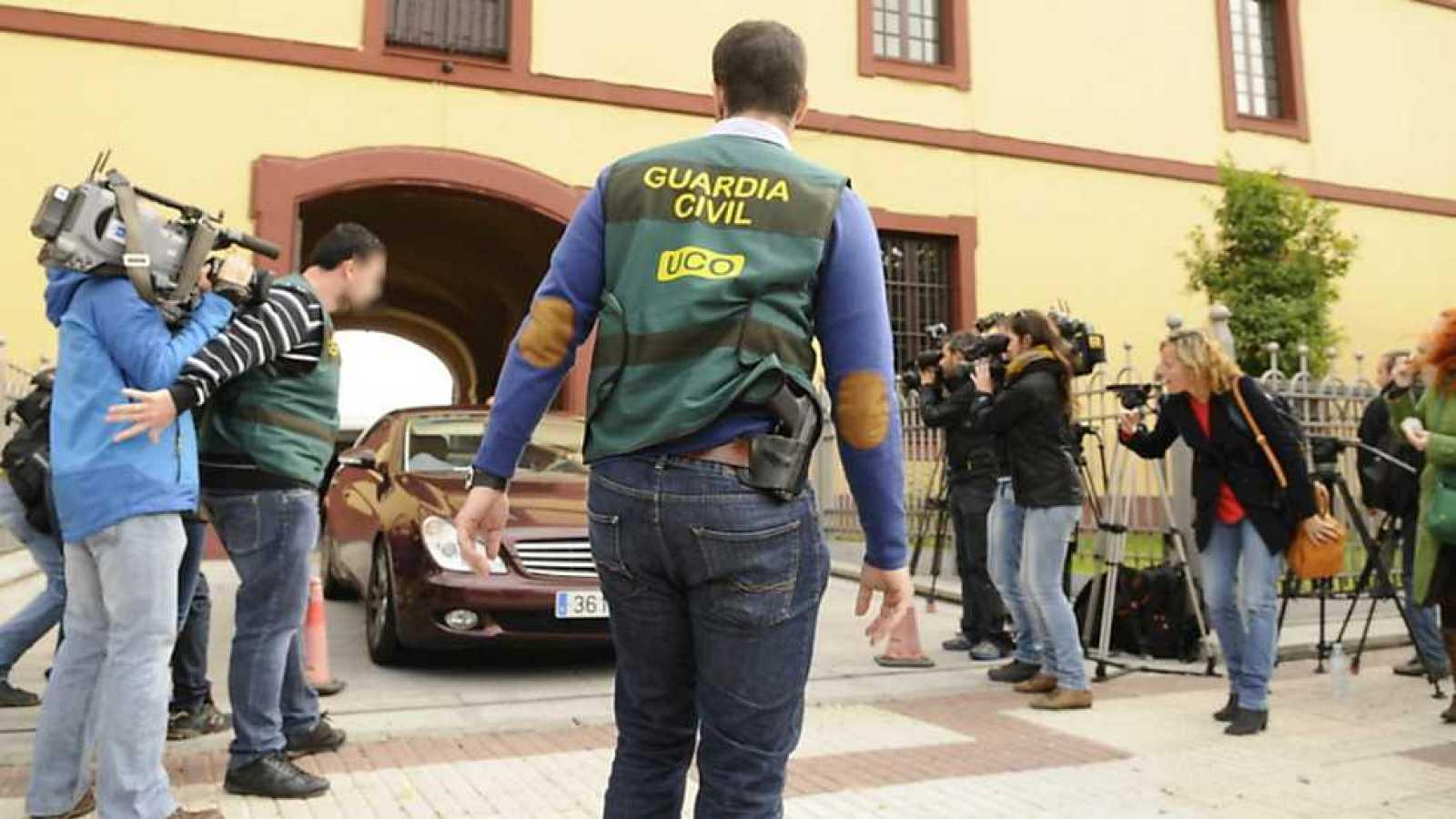 Telediario - 21 horas - 11/11/14 - RTVE.es