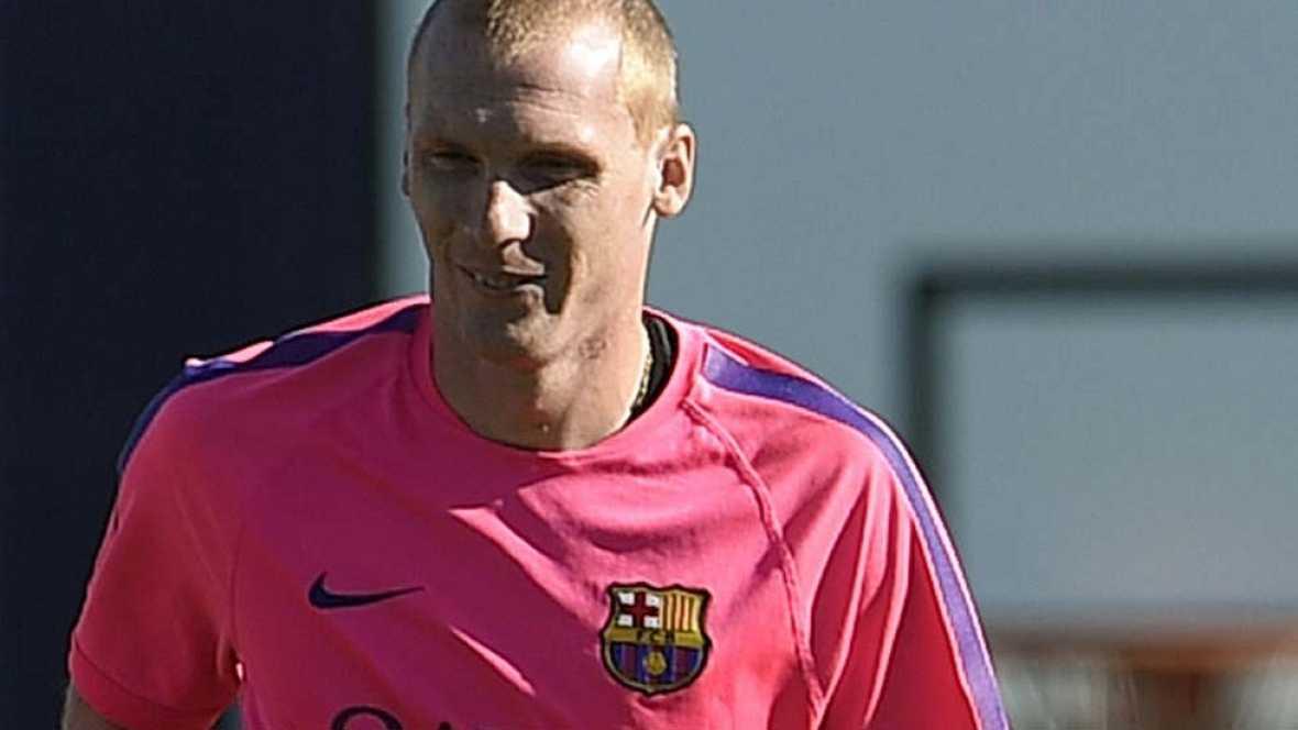 El Barcelona juega fuera y tiene un partido complicado, muy complicado. Mathieu vuelve a Valencia. En Mestalla casi nunca jugó de central, ahora en el Barça casi no hay más remedio.