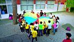 Gala por la Infancia- Francis Lorenzo, visita uno de los barrios más deprimidos de Valencia