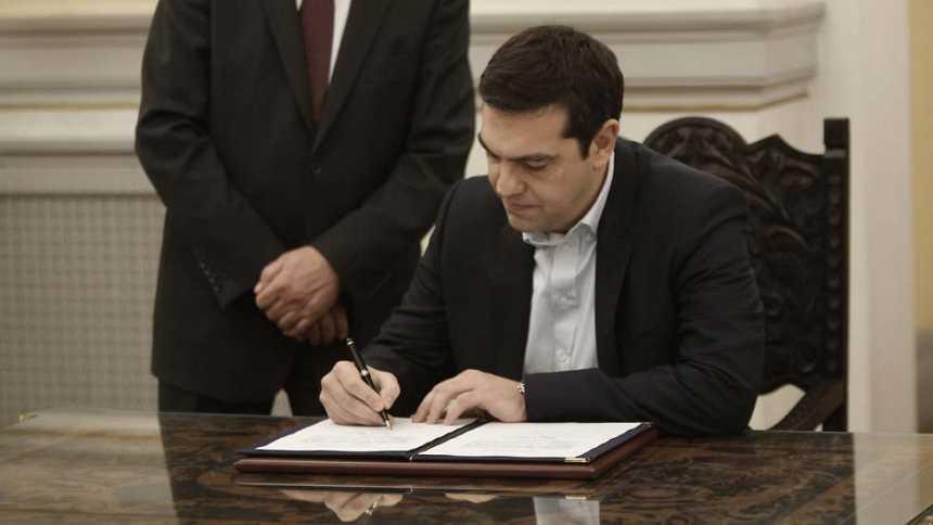 La izquierda radical de Syriza pacta con la derecha nacionalista para formar gobierno