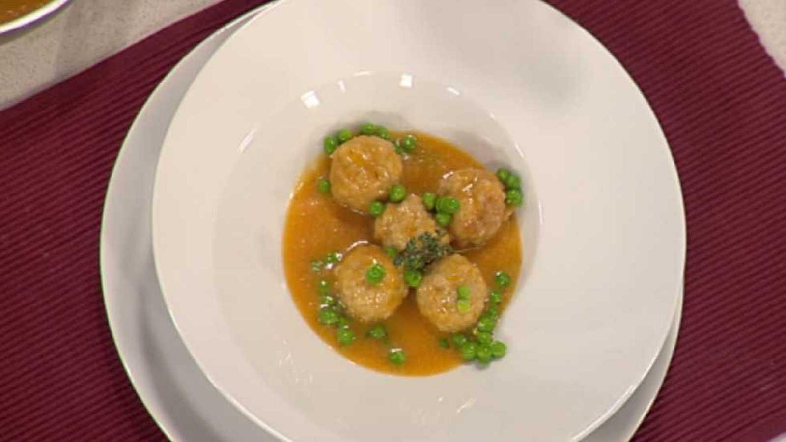 Receta alb ndigas ib ricas en salsa cocina con sergio - Cocina con sergio pepa ...