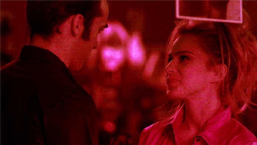 Cuéntame cómo pasó - Carlos y Nuka, una pareja explosiva