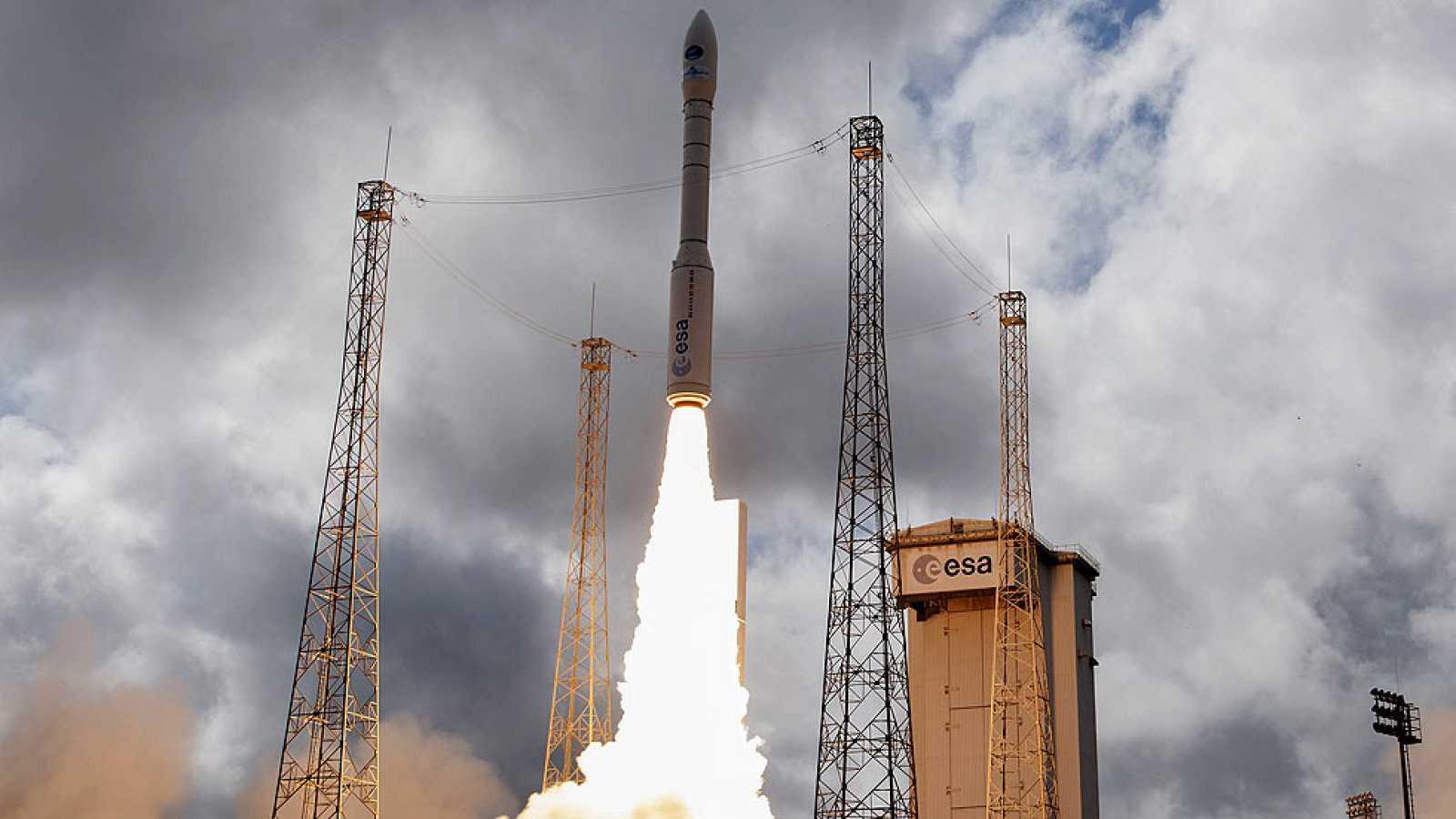El nuevo vehículo de la ESA culmina con éxito su primera prueba de reentrada en la Tierra